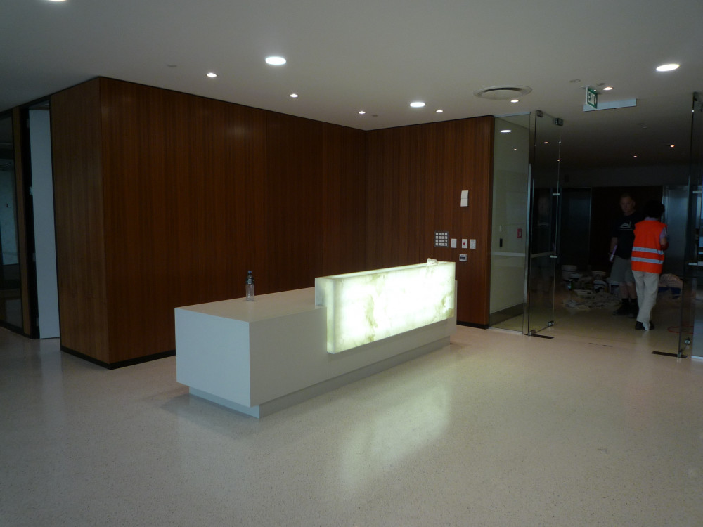 Onyx Reception Counter